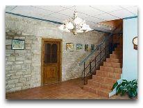 отель Johan: Холл старого здания