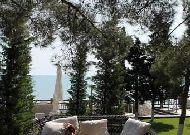 отель Bilgah Beach Hotel (бывший отель Jumeirah Bilgah Beach Hotel): Кафе на пляже