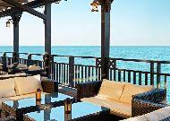 отель Bilgah Beach Hotel (бывший отель Jumeirah Bilgah Beach Hotel): Летняя терраса