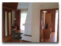 отель Karven Four Seasons: Люкс коттедж