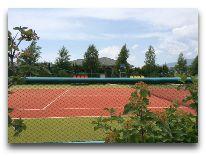отель Karven Four Seasons: Теннисный корт