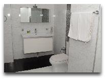 отель Qafgaz Park: Ванная в номере Standard