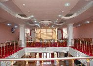 отель Kayon 1: Холл на втором этаже