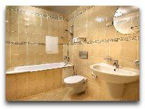 отель Kayon 1: Ванная комната
