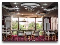 отель Kayon 1: Бар в холле на 2 этаже