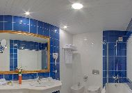 отель Kazzhol – Астана: Ванна в люксе