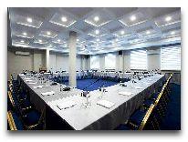 отель Kecharis Hotel: Конференц зал