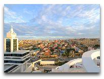 отель Badamdar Hotel: Вид на город