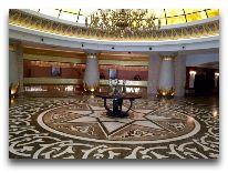 отель Badamdar Hotel: Ресепшен