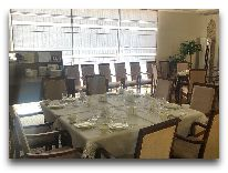 отель Khiva Lokomotiv: Ресторан