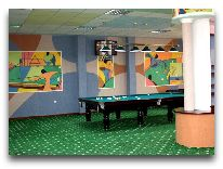 отель Khujand Grand Hotel: Бильярдный зал