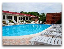 отель Kobuleti Beach Club: Бассейн отеля