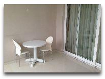 отель Kobuleti Beach Club: Балкон в номере стандарт