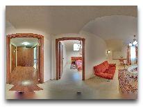 санаторий Kopalnia Soli Bochnia: Двухкомнатный номер отеля