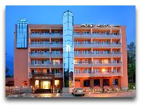 отель Kudowa Prestige SPA: Здание отеля