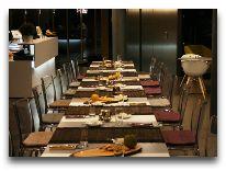 отель Kurshi Hotel: Ресторан