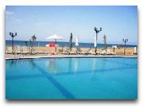 отель Kuwwat: Пляж
