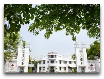 отель La Residence Hue Hotel & SPA: Фасад отеля
