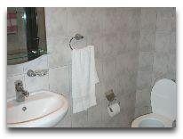 отель Lalaner: Ванная