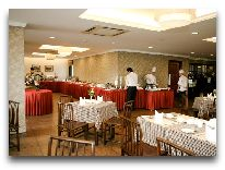 отель Lan VienHanoi: Ресторан