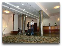 отель Latar Hotel Complex: Ресепшен