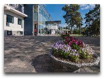 отель Laulasmaa SPA: Вход в отель