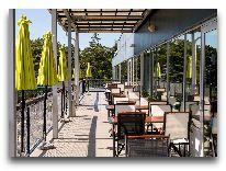 отель Laulasmaa SPA: Летняя терасса