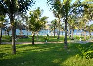 отель Le Belhamy Hoian Resort & Spa Hotel: Дорога к пляжу