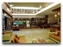 отель Light Hotel & Resort Nha Trang: Лобби