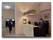 отель Lomsia Hotel: Ресепшен отеля