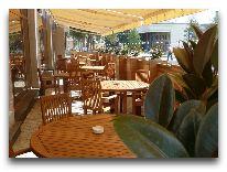отель Lomsia Hotel: Терраса
