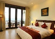 отель Lotus Mui Ne Resort & SPA: Beach Front Family Villa
