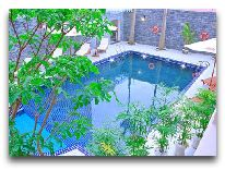 отель Luxury Nha Trang Hotel: Бассейн