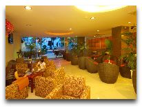 отель Luxury Nha Trang Hotel: Лобби