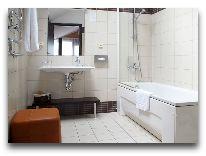 отель Business&Entertaiment centre Margis: Ванная комната в номере Люкс