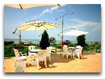 отель Марина: Летнее кафе