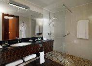 отель Marriott Tsaghkadzor Hotel: Ванная