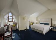 отель Marriott Tsaghkadzor Hotel: Комната в Villa King