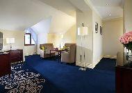отель Marriott Tsaghkadzor Hotel: Номер Suite