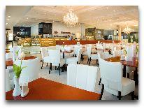 отель Meriton Grand Conference & SPA Hotel: Кафе