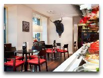 отель Meriton Grand Conference & SPA Hotel: Бар-ресторан Tapas