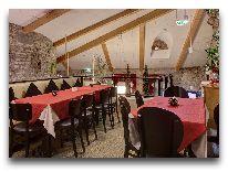 отель Meriton Old Town: Балкон ресторана