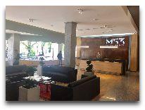 отель Messier 53: Холл отеля