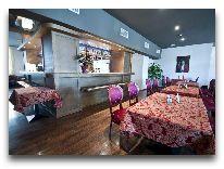 отель Metropolis: Кафе-бар