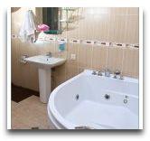 отель Mgzavrebi Batumi: Ванная стандартном номере DBL