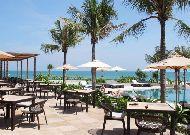отель Mia Nha Trang Resort: Бар возле бассейна