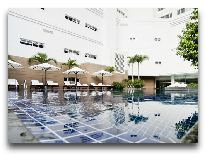отель Michelia Nha Trang Hotel: Бассейн