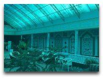 отель Modarixon: Холл отеля