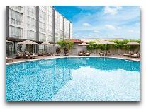 отель Moevenpick Saigon Hotel: Бассейн