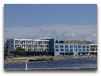 отель Meri Spa Hotel: Вид на отель со стороны залива